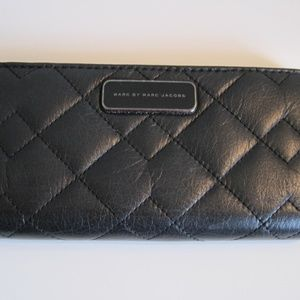 Marc Jacobs Quilt Black Leather Bifold Wallet